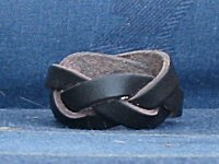 """How to plait a three-strand """"endless"""" leather woggle."""