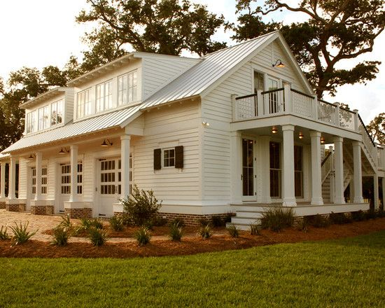 Garage & Guest Quarters in Bay St. Louis, MS  {Direct Link - CLICK TO SEE MANY PHOTOS OF THE INSIDE!! WOW!}