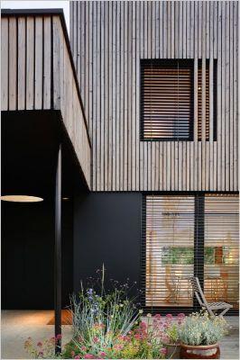 Auvent en Mélèze #bois Studio Erick Saillet ©
