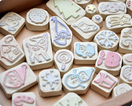Muchos sellos de goma