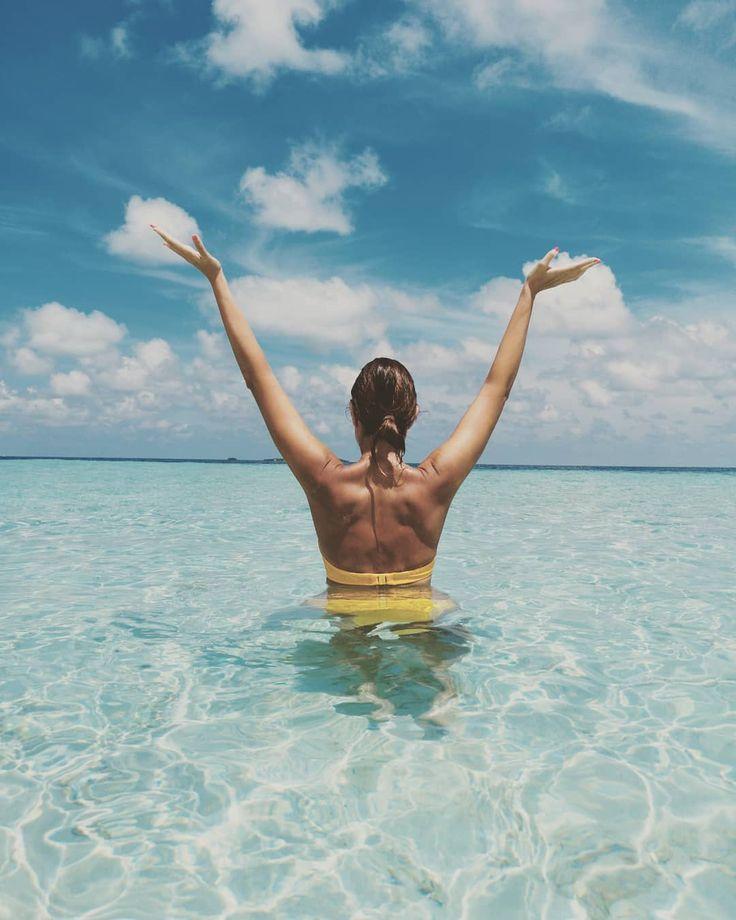 Maldives 💙🌊 🤩 ❤️ : : : : :#kadhoophotos 📸 #trip #travelgirl #sea…