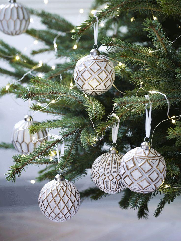 Twelve Copper U0026 White Baubles NEW   Tree Decorations   Decorations    Christmas