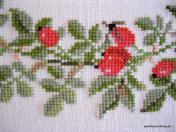 rose hips  i love counted cross stitch  by Gerda