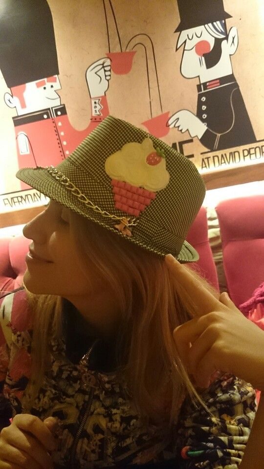 #GülhanŞen #fashion #hat #like #Creative #Isparta #PreviousNight