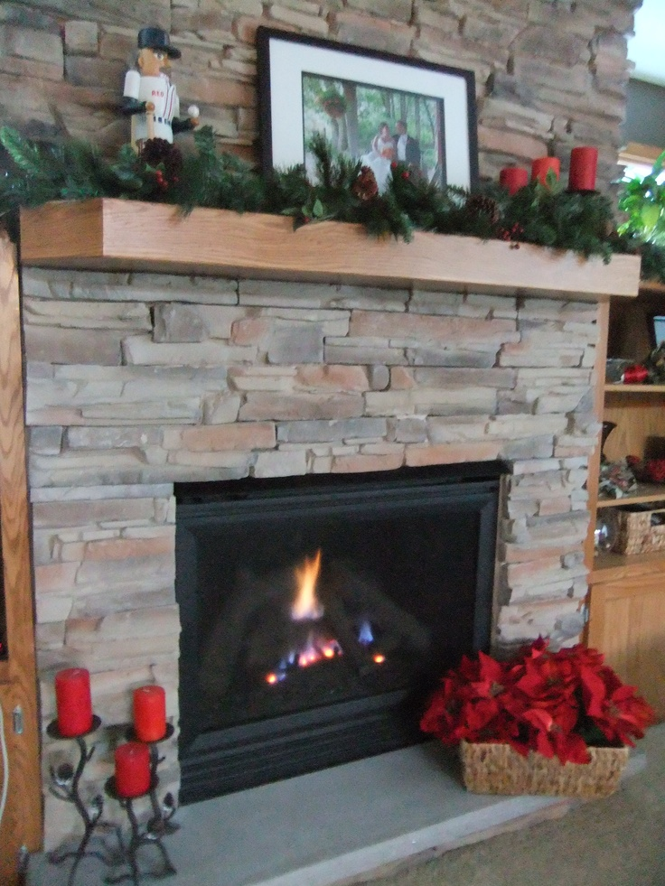 Christmas Decorations Fireplace & Mantle