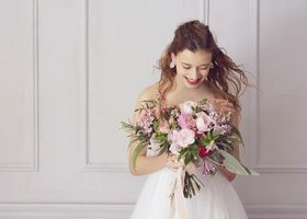 \春のお花で春色ウェディングを作りたい♡/春シーズンに一番綺麗に咲くお花まとめ*