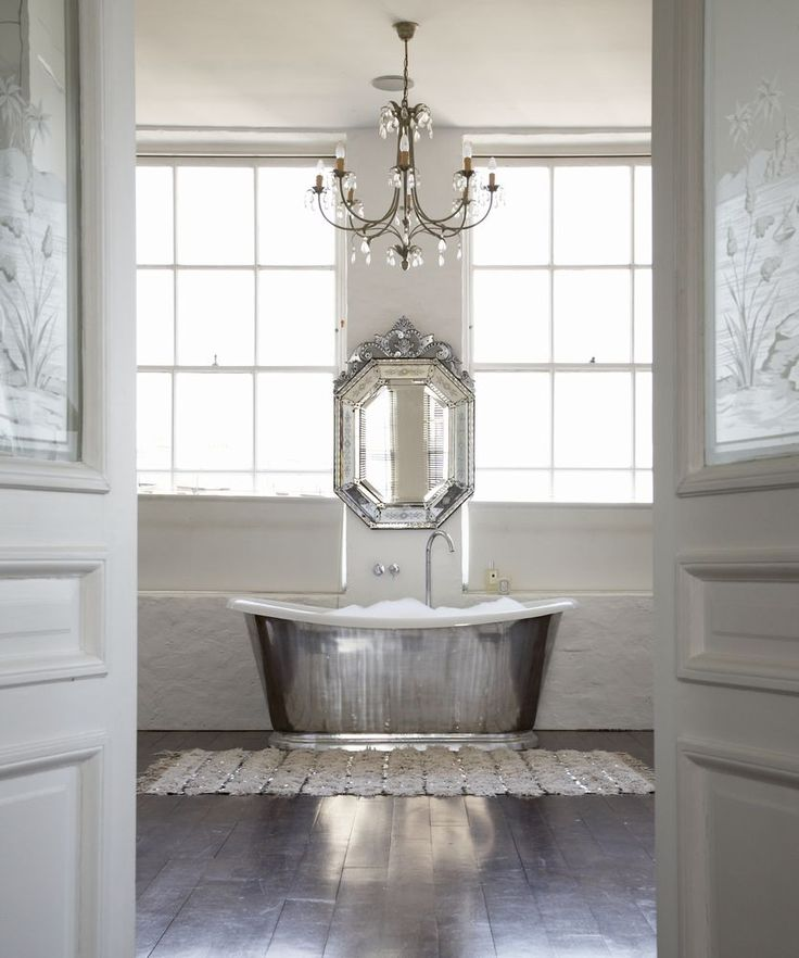vintage tub & venetian mirror