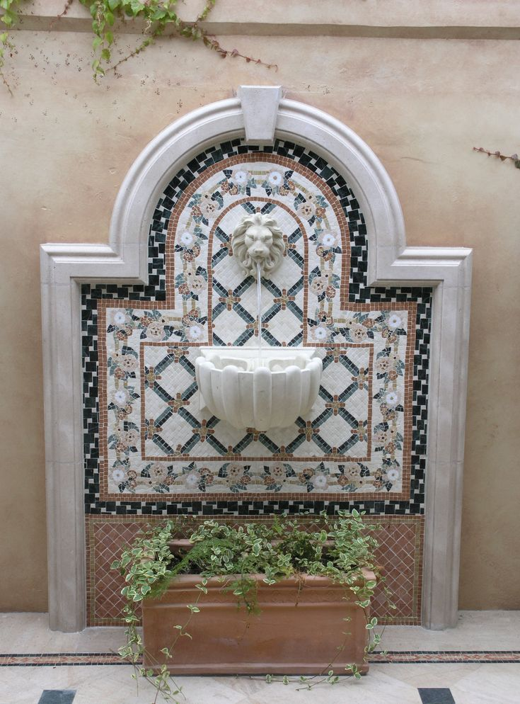 3158 best images about spanish style homes on pinterest - Fuente para patio ...
