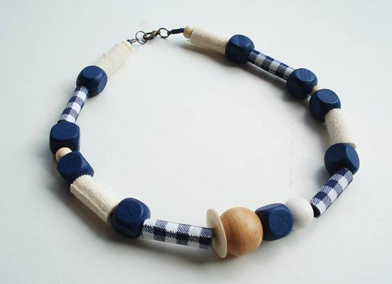 jocale ooak handrolled fiber bead necklace plaid wood by Joogr, €24.00