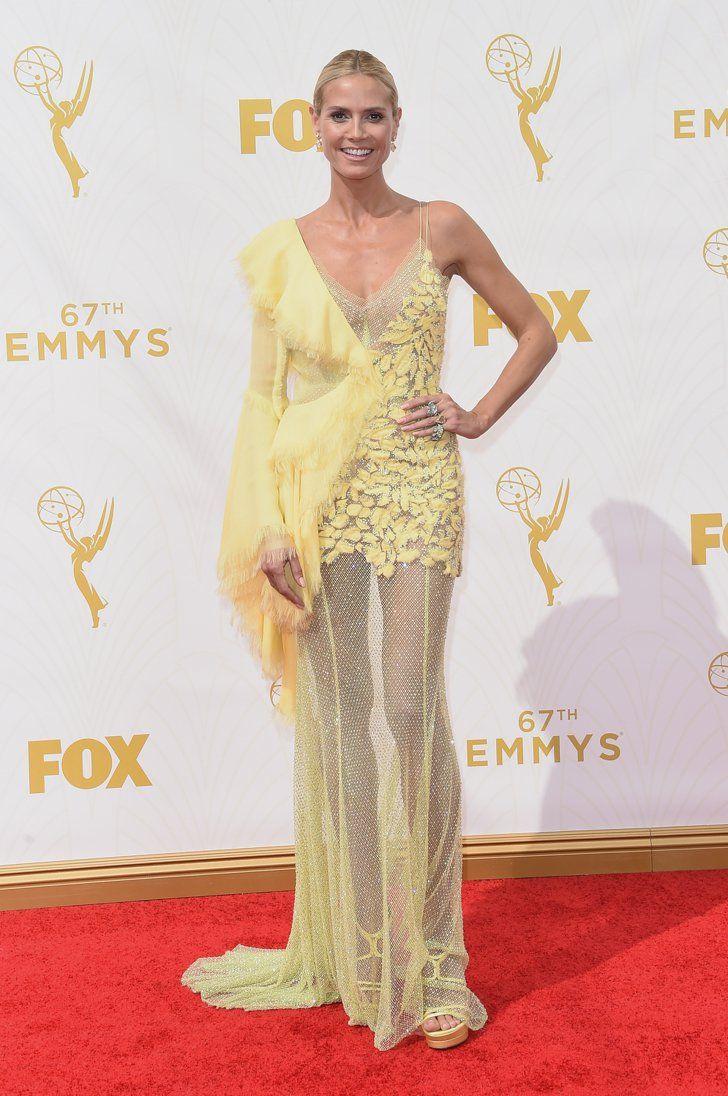 Pin for Later: Toutes les Plus Belles Tenues Vues sur le Tapis Rouge des Emmy Awards Heidi Klum Dans une robe Versace.