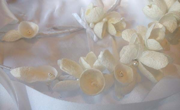 Wedding wreaths handmade from silk cocoons simply particularly fashionable - No1c