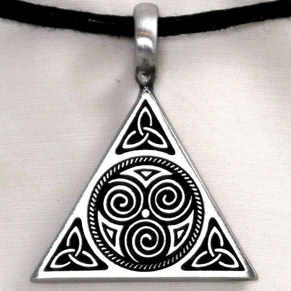 triple spiral celtic symbol meaning | Triquetra Trinity Knot Triple Spiral Pewter Pendant