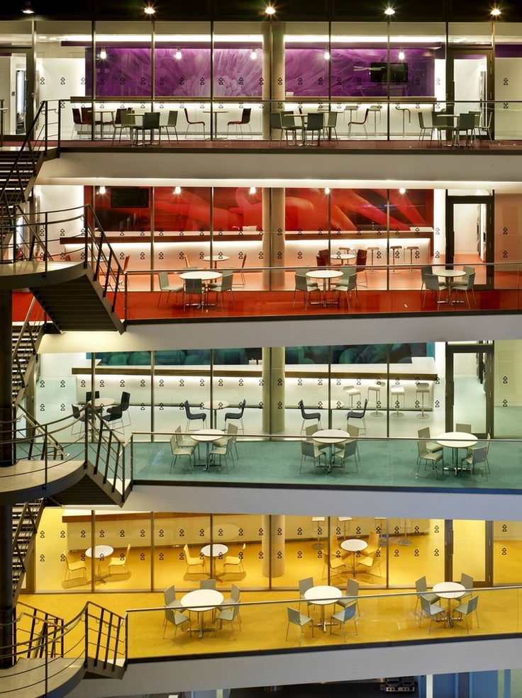 "Carnival Corporation UK Headquarters  Southampton, England, UK  140,000 sq. ft. / 13,000 sq. m. --> Interiors by HOK  ""five UK business groups into a single building that helps its 1,200 people work together under one brand umbrella. """
