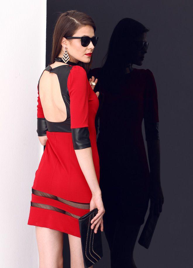 Stil Aşkı: Kırmızılı Siyahlı Elbise Markafoni'de 239,99 TL yerine 69,99 TL! Satın almak için: http://www.markafoni.com/product/5505519/ #elbise #moda #dress #girl #fashion #red #black