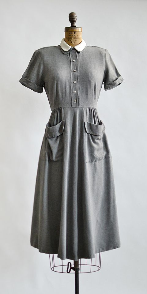 vintage 1950s grey day dress with patch pockets | As Good As Any Dress  #1950s #vintagedress