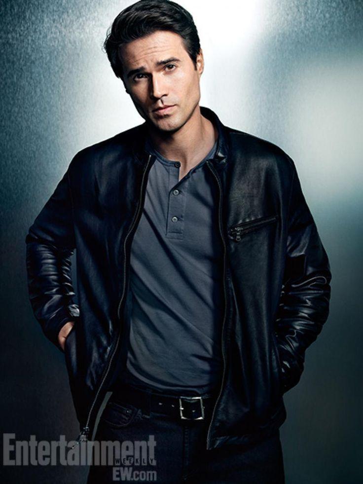 Brett Dalton Agent Grant Ward In Marvel S Agent Of
