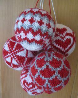 Beppe 's breidzjen: Kerstballen breien