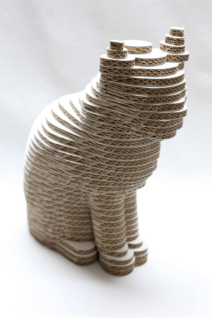 Figuras 3D en #carton hechas por Cartonlab #gato de #carton