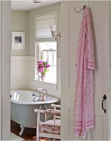 1000 images about english country cottage hunt theme for English country bathroom designs
