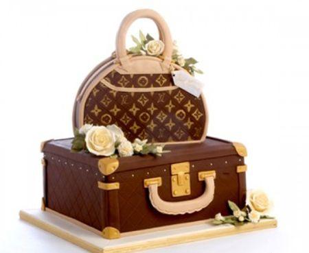 Louis vuitton cake !! Looks to good to eat!!