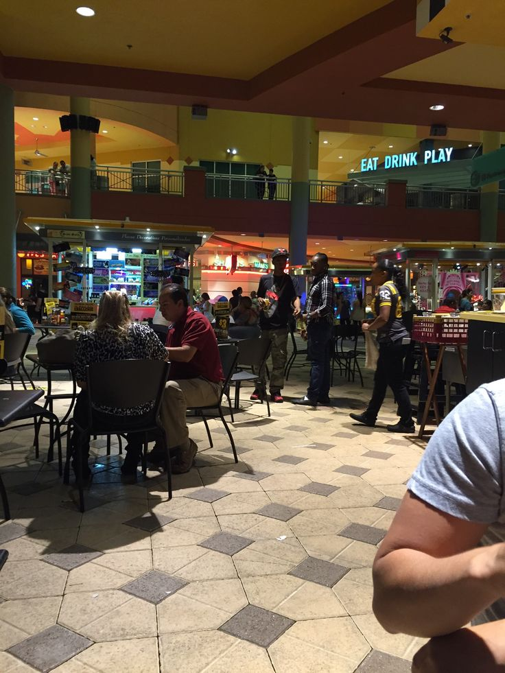 Dolphin Mall ,Miami in Sweetwater, FL