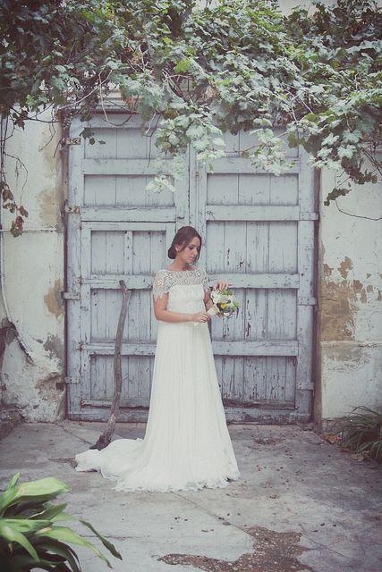 novia patio puerta antigua