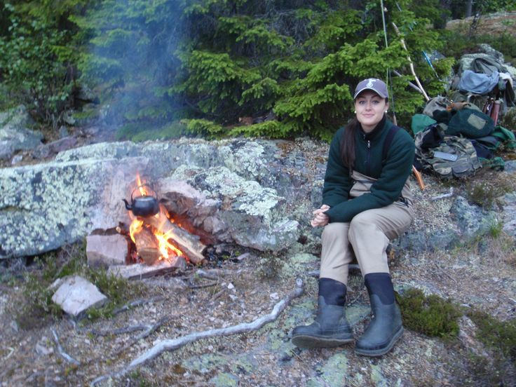 Min dotter Elin och jag i Idre på fisketur.