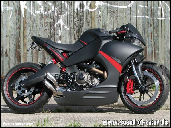 Buell 1125cr with Buell XB seat