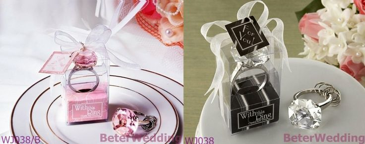 """Douches de bébé gros wj038+wj038/un"""" avec cette bague"""" anneau de cristal trousseau. utilisé comme mariage favors_beterwedding dropship   2013 New Arrival Wedding Gifts, Pratical Party Favors at BeterWedding, Shanghai Beter Gifts Co Ltd. Retail http://fr.aliexpress.com/store/512567 Wholesale mail to BeterWedding@Gmail.com"""