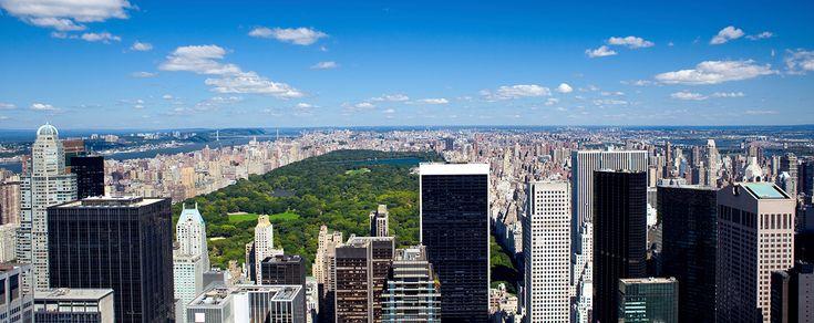 Früher war ein billiger Urlaub in New York schwer zu realisieren, doch dieses Jahr sind die Flugpreise drastisch gesunken. Im Moment ist es kein Problem für September, Oktober oder November einen günstigen Flug ab München für € 330.- zu finden, in der Vergangenheit gab es sogar Angebote um € 260.-. Doch zu einem günstigen New-York-Urlaub …