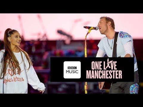 Watch Chris Martin And Ariana Grande Cover 'Don't Look Back In Anger' By Oasis At One Love Manchester - Digg