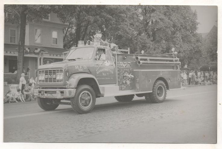 Washington Fire Company fire truck in parade, Mechanicsburg PA.