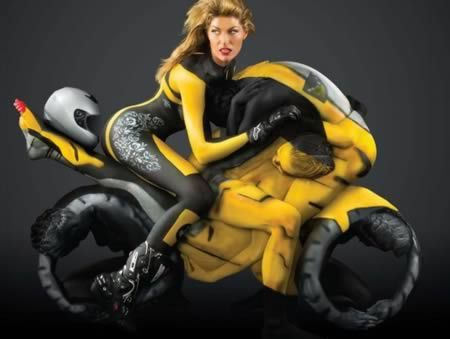 When Awesome Body Painting Meets Contortion - Oddee.com