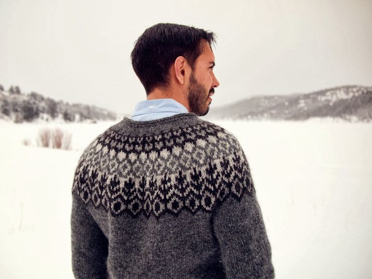 Choose from twelve fabulous and gorgeous Icelandic Sweater Patterns. Links…