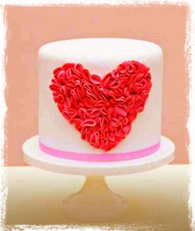 ruffled love heart cake