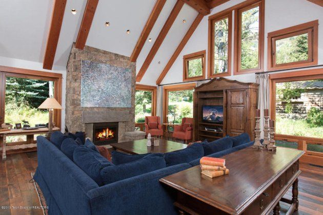 2 (26) squishy couch room This is how the world's richest woman lives: Christy Walton's Wyoming estate is for sale