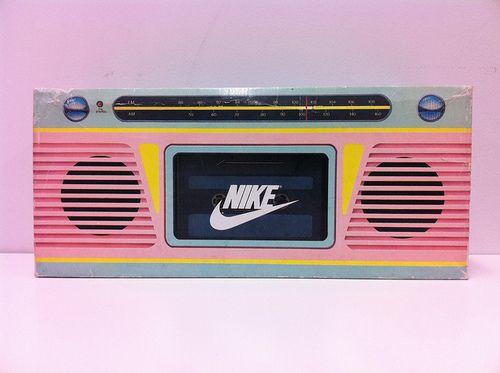 Vintage Sneaker Speakers : Nike Boombox Shoebox