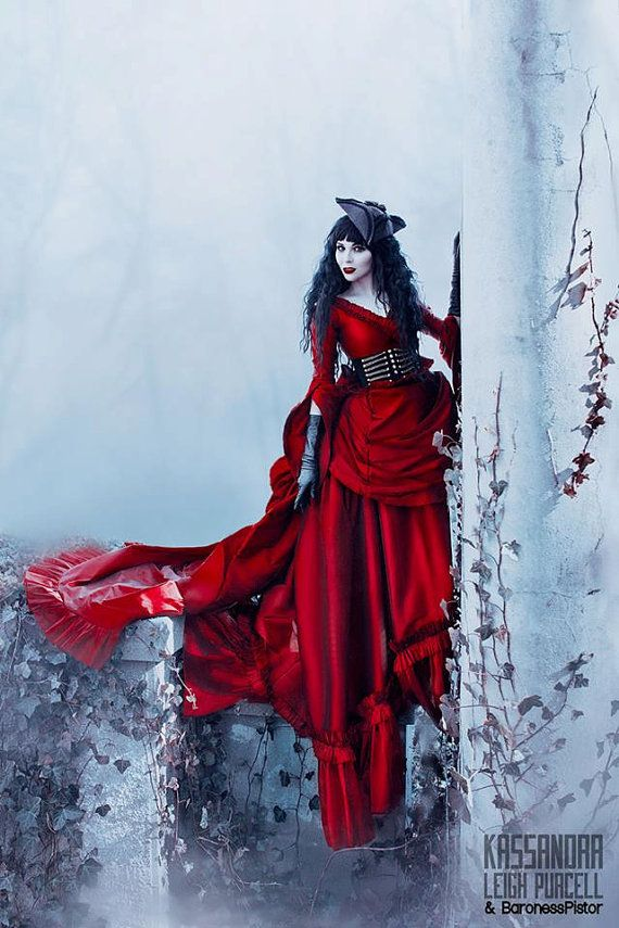 Mina Dracula Victoriaanse drukte Gown Halloween door RomanticThreads