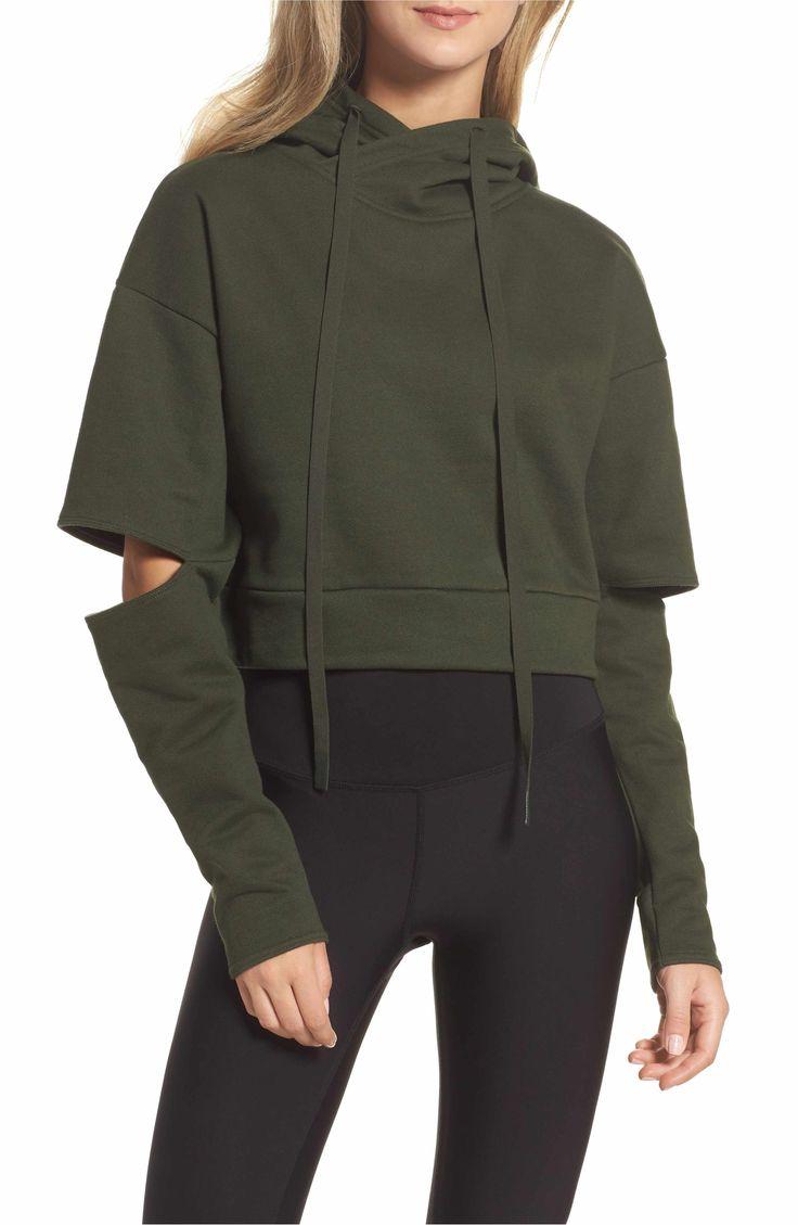 Main Image - Alo Peak Cutout Long Sleeve Pullover Crop Hoodie