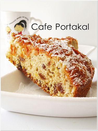 CAFE PORTAKAL: Elmalı,Havuçlu Kek( kuru üzüm yerine kayısı ile çok güzel oldu)