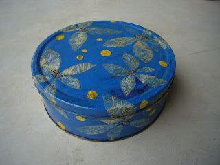 Voglio Una Mela Blu: Retro Post I. Idee per decorare le scatole di latta