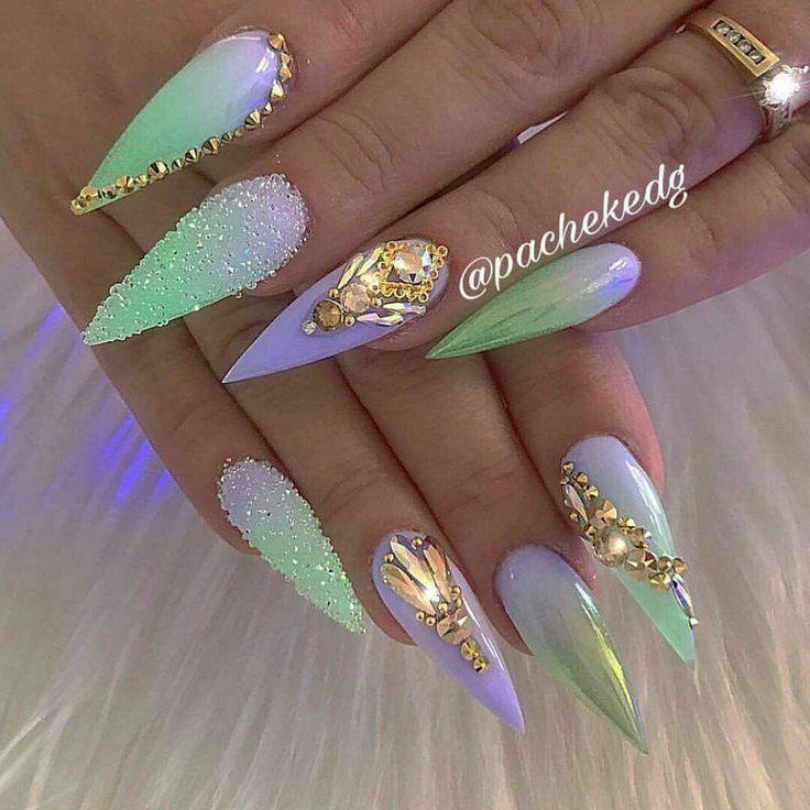 Weitere Pins & Boards folgen – Nails