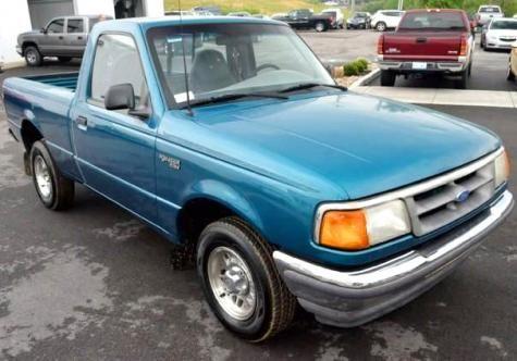 1995 Ford Ranger XL - Cheap pickup truck for sale under $1000 near Lexington, KY.