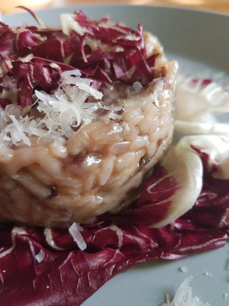 Risotto met salsiccia en radicchio