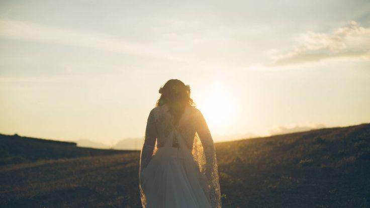 ★★★www.ileniacaputo.com ★★★ileniacaputophotographer #wedding #groom #smile #bride #kiss #weddingday #weddingvenue #destinationwedding #weddingphotographer #vsco #weddinglocation #destinationwedding #postthepeople #flowerbouquet #livefolk #weddinginitaly #thatsdarling #morninglikethese  #florence #rural_love #lookslikefilm #nothingisordinary #weddingflower #socality #liveauthentic #darlingweekend #jj #tuscany #thevisualvogue