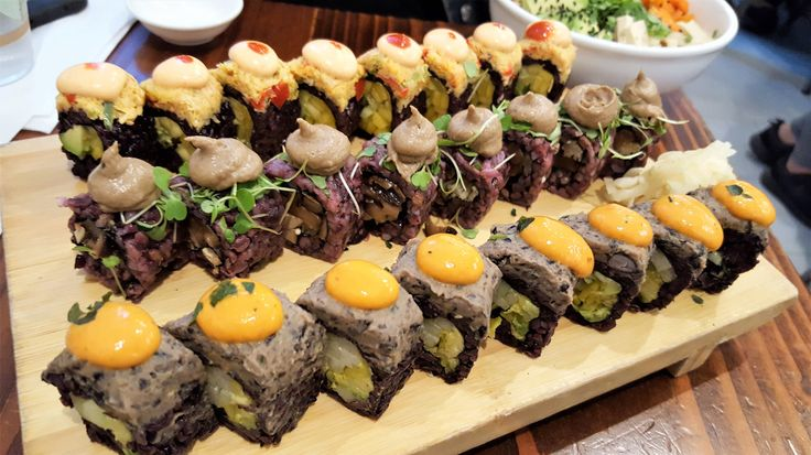 I'm always down for a sushi fix, but vegan sushi? It would be a first for me. My sister was in town and she wanted to try Beyond Sushi. They offer vegetarian and vegan sushi, noodles, dumplin…