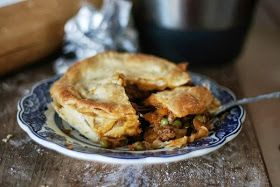 My Melbourne Thermomix: Rich Steak Pie Thicken up filling more next time and blind bake base, and thicker top. Very tasty filling tho and nice crumbly pastry