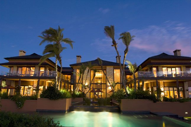 Pezula Spa, Pezula Resort Hotel & Spa, Knysna, South Africa, thus is where i want to go.. My uncle is a chef here :)