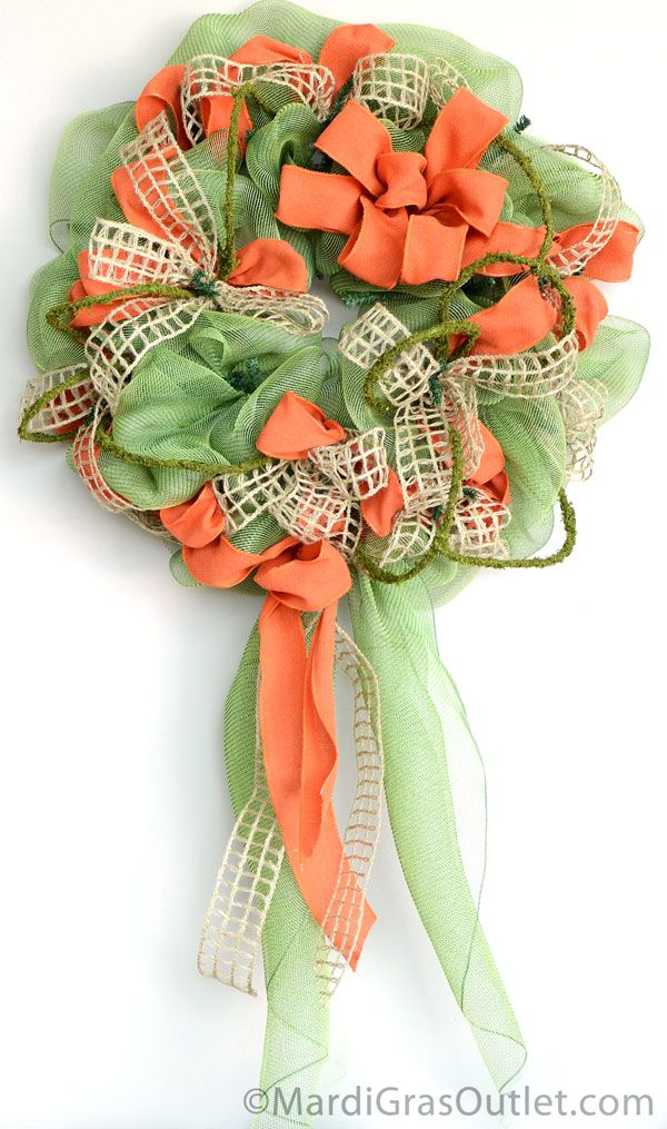 DIY Deco Mesh Video Tutorial: Add Accents to create the perfect Fall Decor Project!