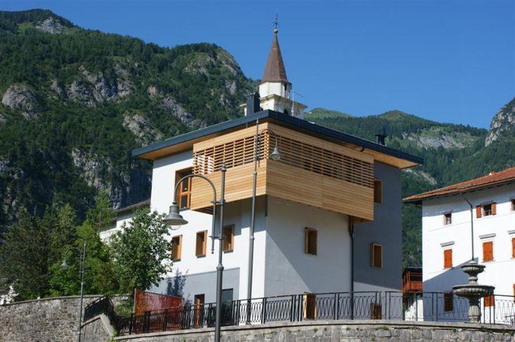 Esterno della reception dell'Albergo Diffuso Dolomiti